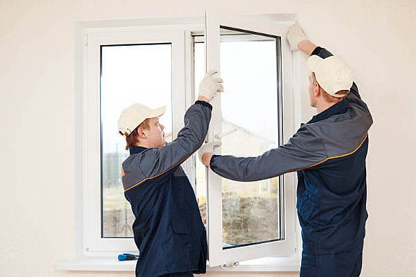 Glarmester Esbjerg - montering af vindue